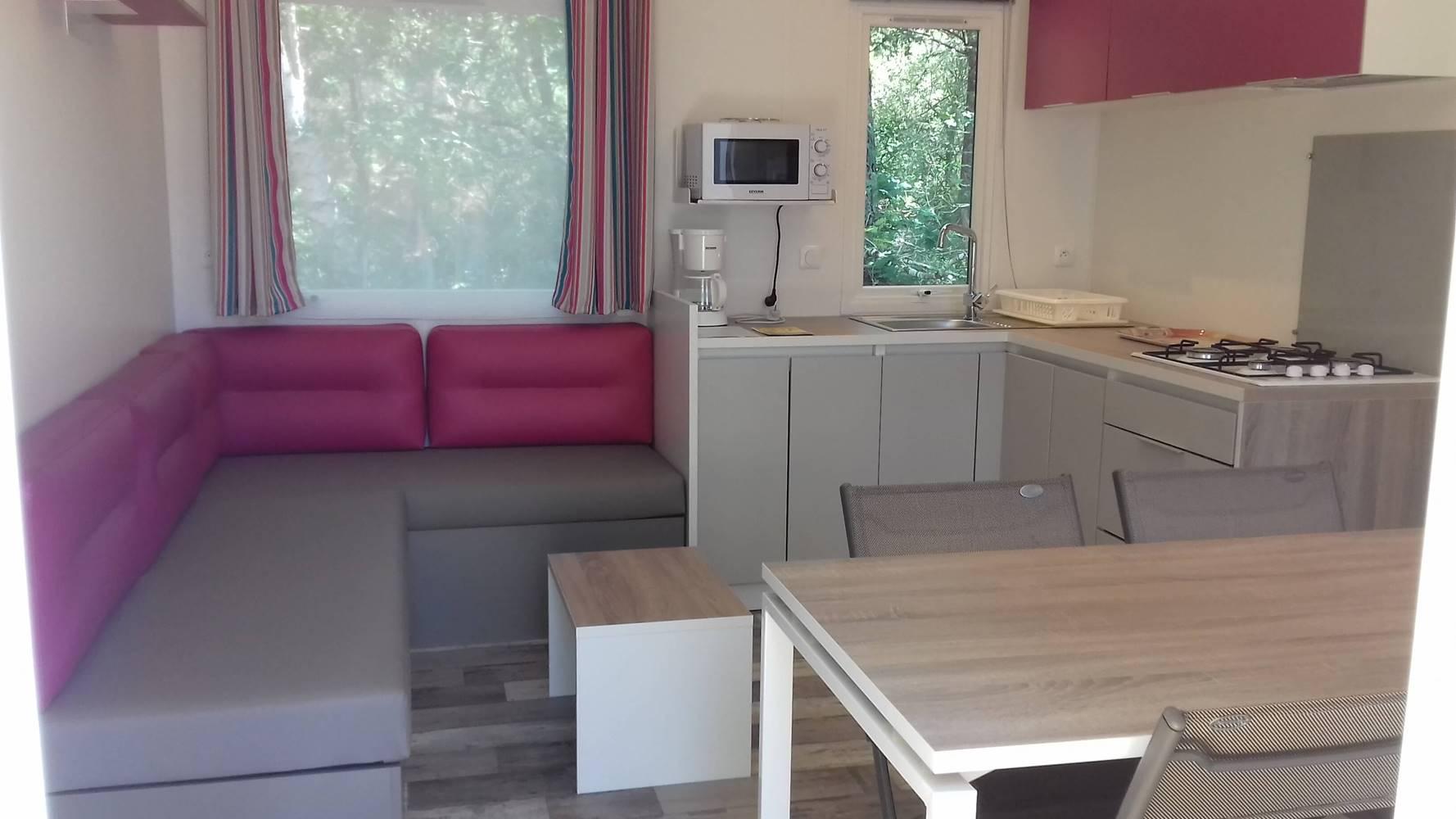 pièce de vie mobil home 3 chambres 2017-camping kergo-carnac-morbihan ©