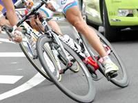 Course cycliste en semi-nocturne