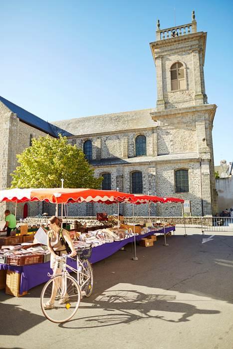 Marché du dimanche, toute l'année, à Saint-Gildas-de-Rhuys