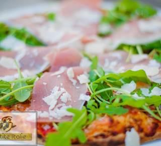 Pizzeria La Petite Italie